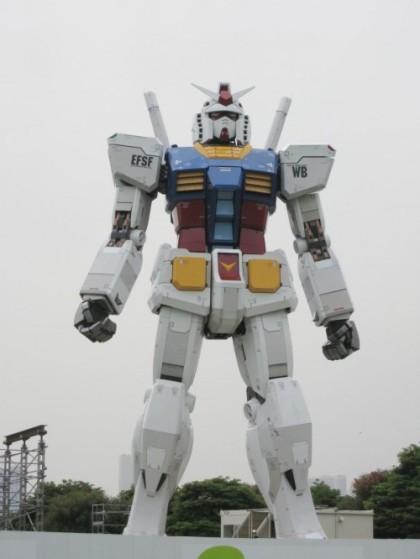 gundam-rx-78-life-sized-statue-gundam-anniversary-500x666